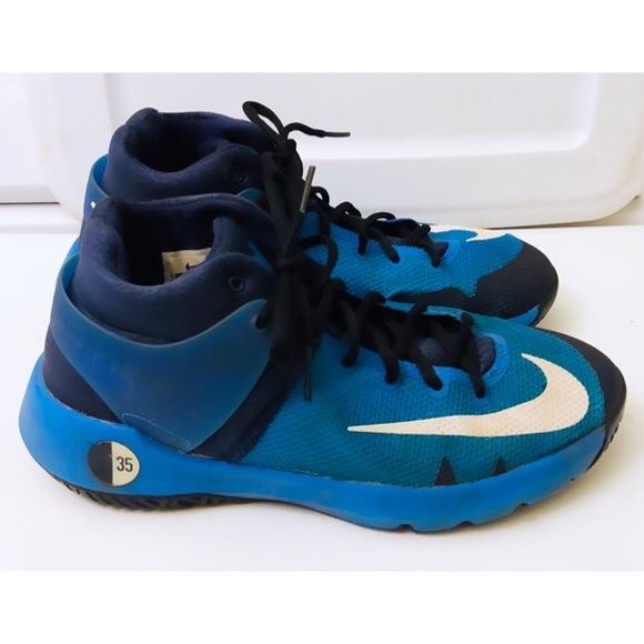 on sale bc750 a9720 Boys Nike KD Trey 5 IV, Sz. 7